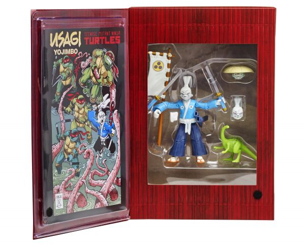 90966_SDCC_Exclusive_Usagi_Pkg_Open_02.jpg