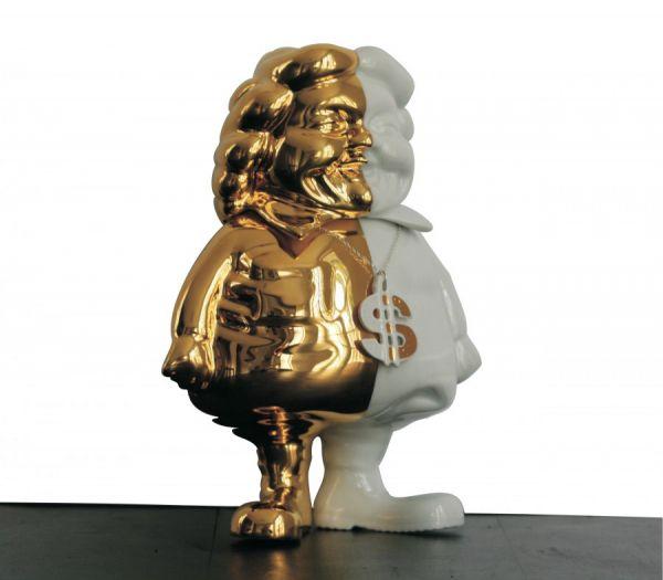 mc-supersized-gold-by-ron-english-kolin-tribu-1.jpg