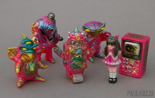 imagepaulkaiju-gobogang-pink.jpg