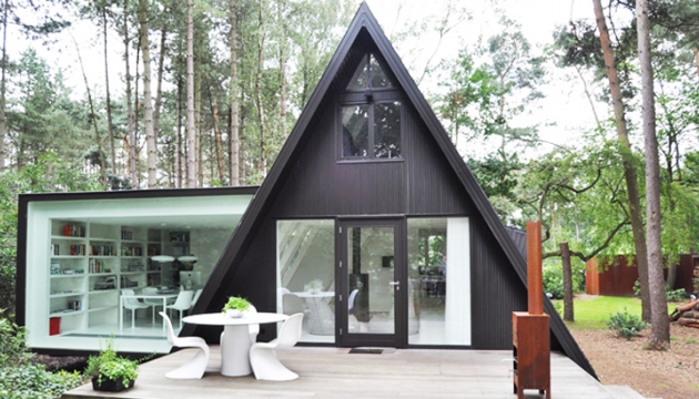 Triangle Houses