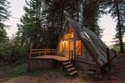 amazing-tiny-a-frame-cabin-in-the-redwoods-01-600x400.jpg