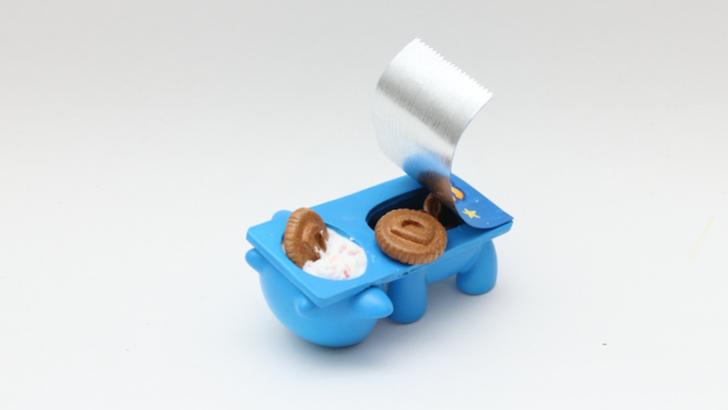 Zard Apuya custom toys